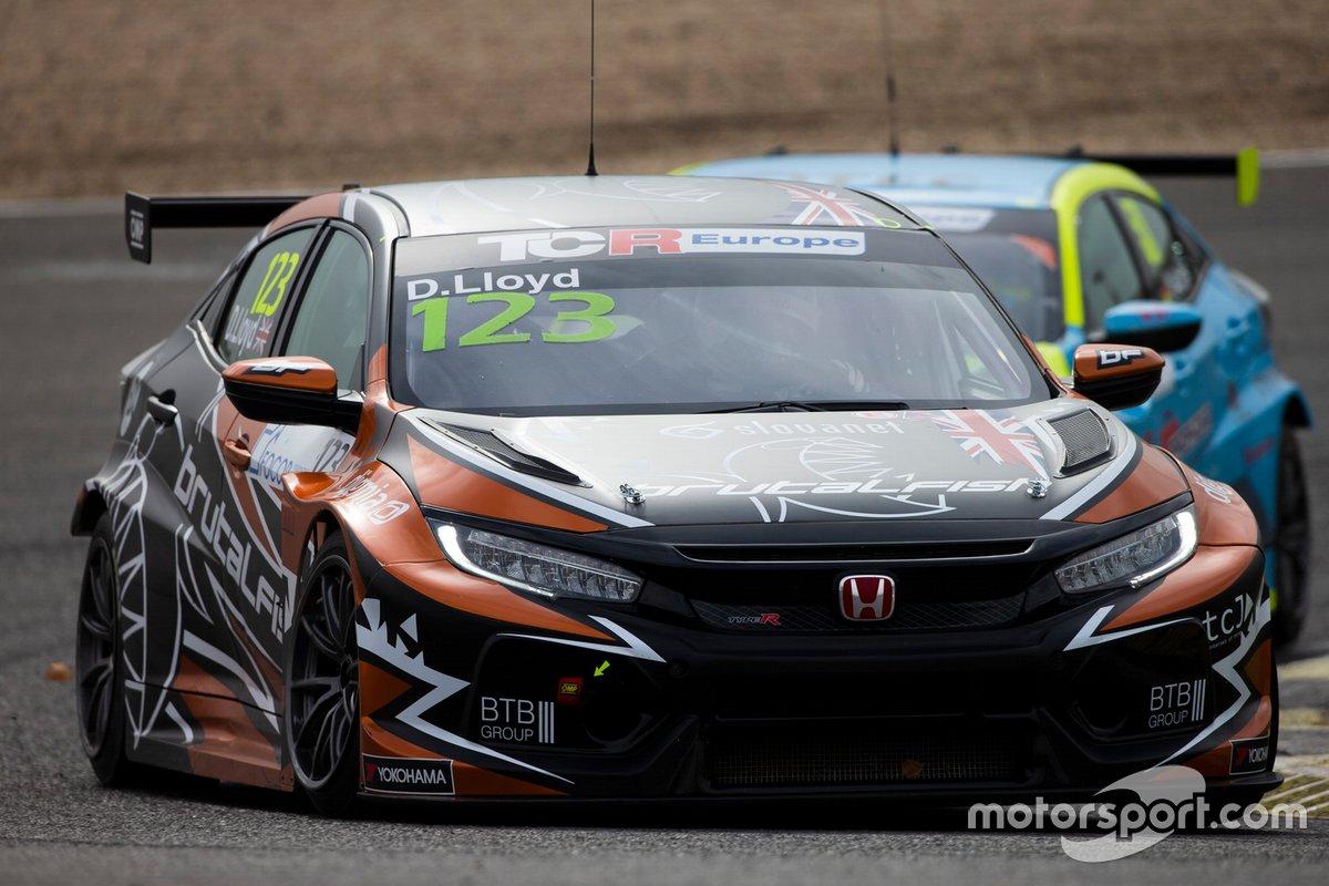 Daniel Lloyd, Brutal Fish Racing Team, Honda Civic Type R TCR