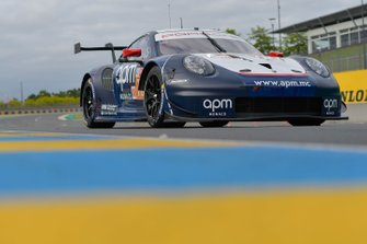 №78 Proton Competition Porsche 911 RSR: Лоуис Претте, Филипп Претте, Винсан Абриль