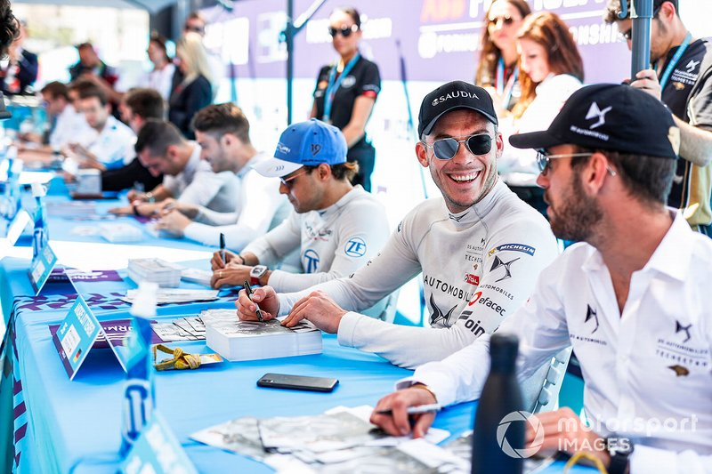 Andre Lotterer, DS TECHEETAH, Jean-Eric Vergne, DS TECHEETAH at the autograph session