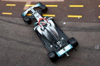 Lewis Hamilton, Mercedes AMG F1 W10, leaves the garage