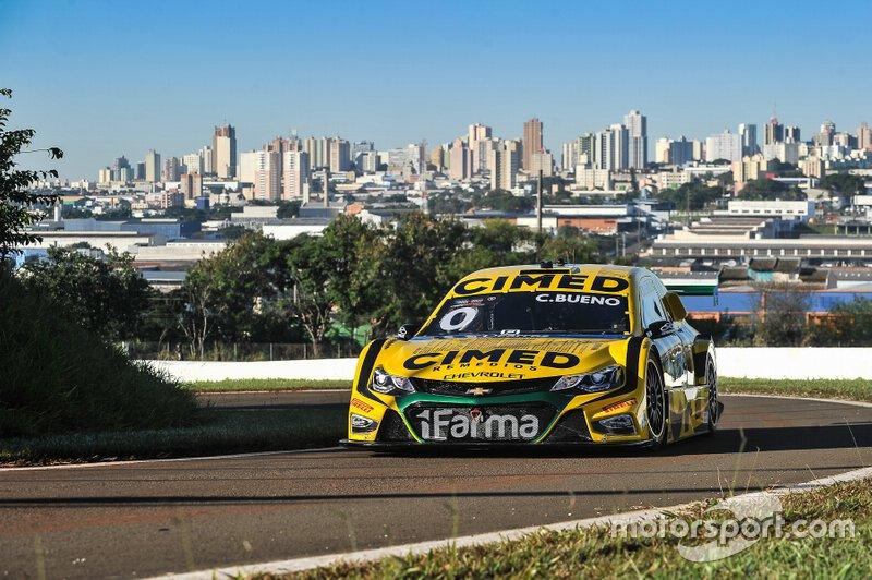 Em Londrina, no dia 9 de junho, Cacá Bueno teve uma participação discreta colhendo um 15º e uma 27ª posições.