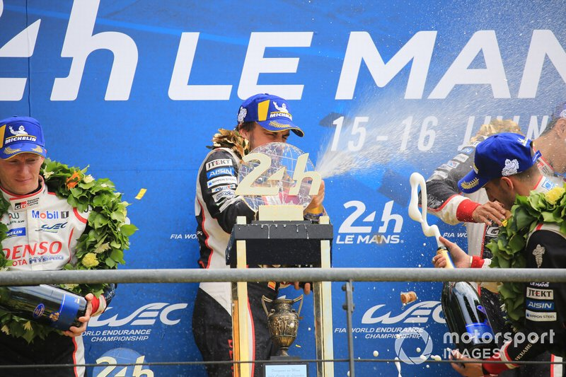 El ganador, #8 Toyota Gazoo Racing Toyota TS050: Fernando Alonso