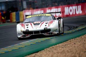 #70 MR Racing, Ferrari 488 GTE: Motoaki Ishikawa, Olivier Beretta, Eddie Cheever II