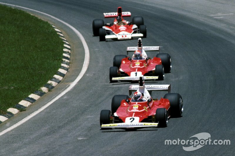 Clay Regazzoni, Ferrari 312T, Niki Lauda, Ferrari y James Hunt, McLaren