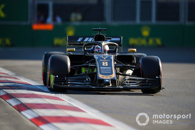 14: Romain Grosjean, Haas F1 Team VF-19, 1'43.407