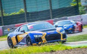 #89 Absolute Racing Audi R8 LMS GT4: Anderson Tanoto, Mark Williamson