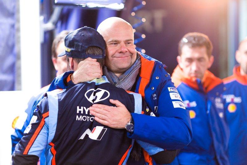 Andrea Adamo, Team principal Hyundai Motorsport con Sébastien Loeb, Hyundai Motorsport