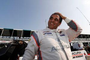 Pole Award winner #6 Acura Team Penske Acura DPi, DPi: Juan Pablo Montoya