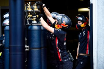 Red Bull Racing mechanic during pit stop practice