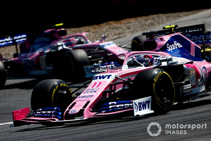Sergio Perez, Racing Point RP19, devant Nico Hulkenberg, Renault F1 Team R.S. 19, et Lance Stroll, Racing Point RP19