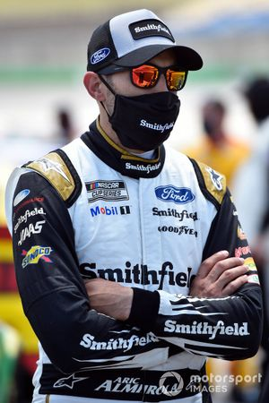 Aric Almirola, Stewart-Haas Racing, Ford Mustang Smithfield Vote For Bacon