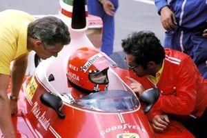 Niki Lauda, Ferrari 312T, Mauro Forghieri (ITA) Ferrari Designer