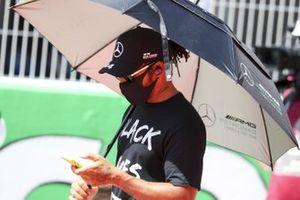 Lewis Hamilton, Mercedes-AMG Petronas F1 on the grid