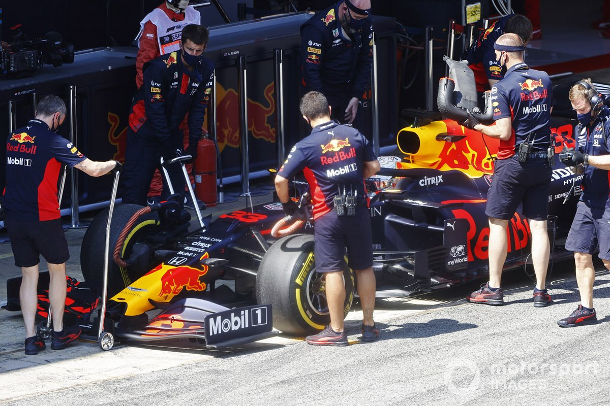 Max Verstappen, Red Bull Racing RB16, in the pit lane