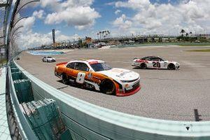 Harrison Burton, Joe Gibbs Racing Toyota, Daniel Hemric, JR Motorsports, Chevrolet Camaro