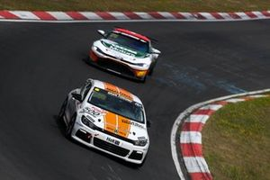 #500 VW Scirocco R: Michael Paatz, Timo Hochwind, Mikel Azcona