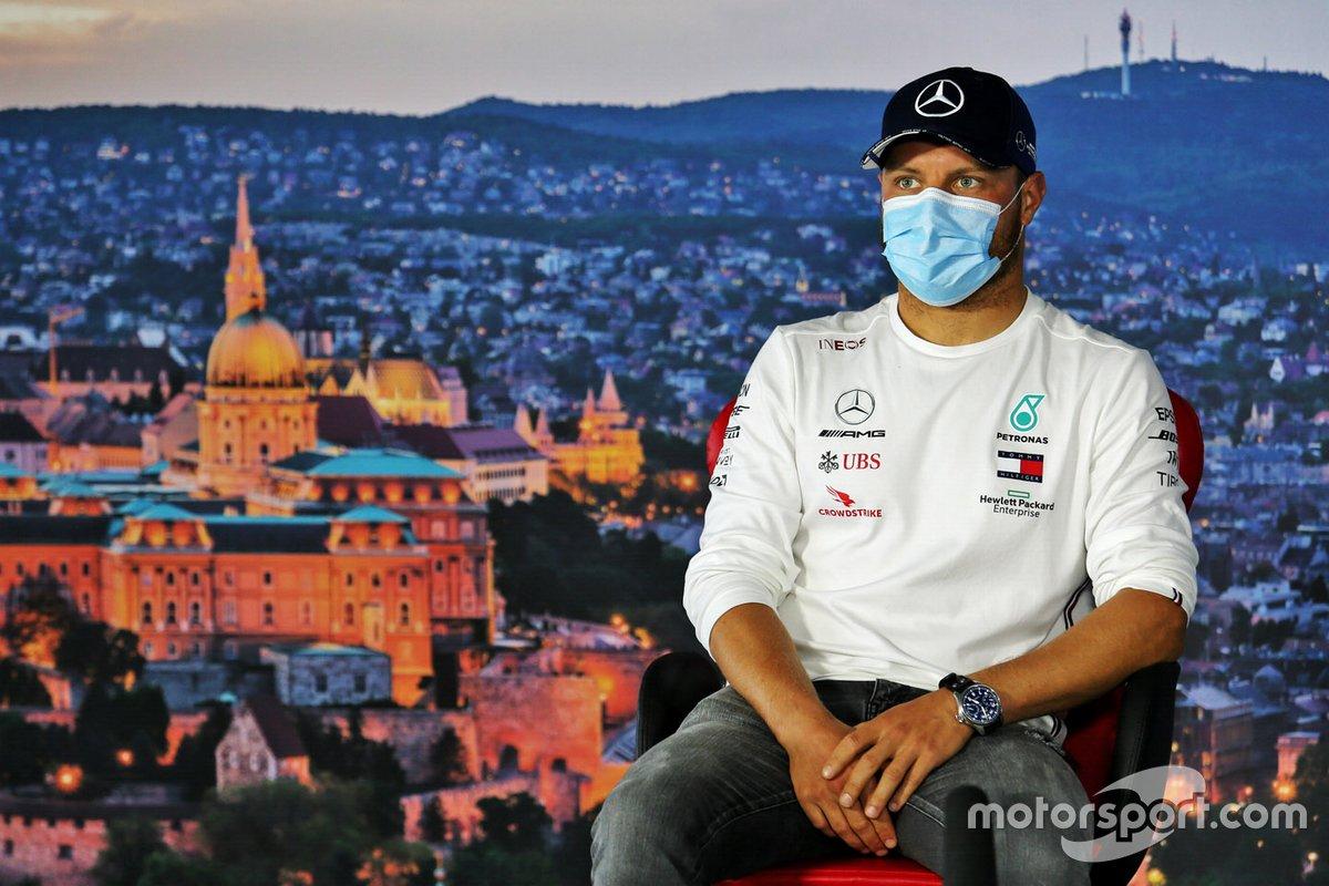 Valtteri Bottas, Mercedes-AMG Petronas F1 en la conferencia de prensa
