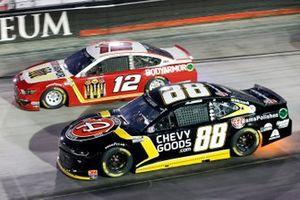 Alex Bowman, Hendrick Motorsports, Chevrolet Camaro ChevyGoods.com/Adam's Polishes and Ryan Blaney, Team Penske, Ford Mustang BodyArmor