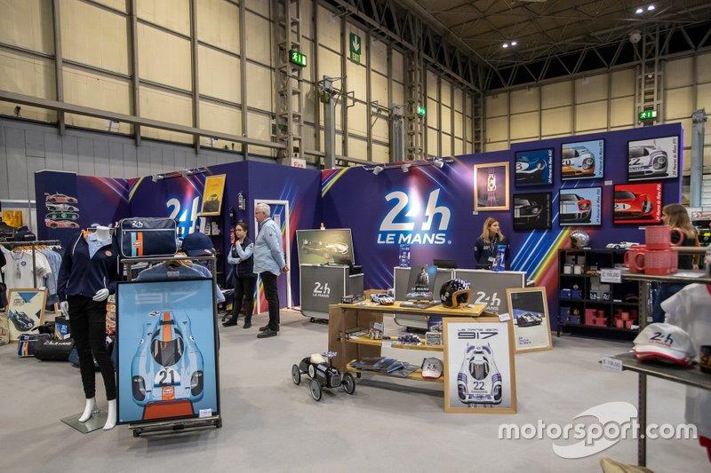 24h Le Mans stand