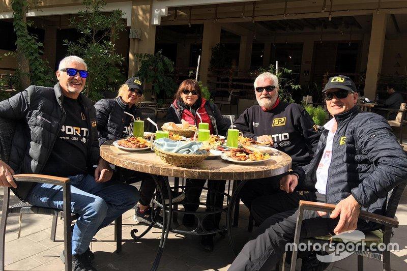 #406 Xtremeplus Polaris Factory Team: Jose Luis Pena Campo and team