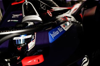 Sam Bird, Virgin Racing in the garage
