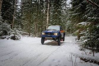 Tapio Lauronen, Lassi Turunen, Mitsubishi Pajero