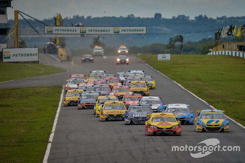 A Stock teve que adiar a abertura do campeonato, com a Corrida de Duplas, bem como as etapas do Velopark, Londrina e Interlagos. O campeonato deve começar no Velo-Città no início de julho.