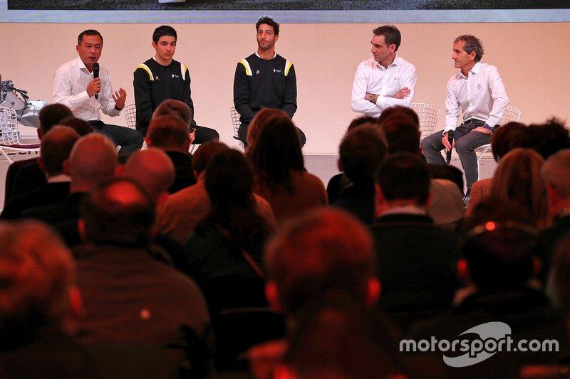 Mia Sharizman, Renault Sport Academy Director; Esteban Ocon, Renault F1 Team; Daniel Ricciardo, Renault F1 Team; Cyril Abiteboul, Renault Sport F1 Managing Director; Alain Prost, Renault F1 Team Non-Executive Directo