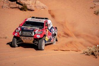 Жиньель де Вильерс и Алеш Харо, Toyota Gazoo Racing, Toyota Hilux (№304)