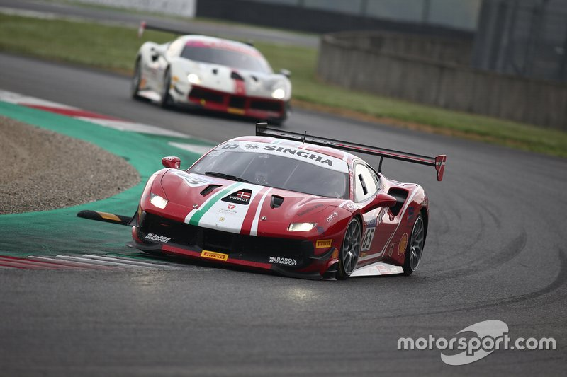 #65 Ferrari 488 Challenge, Forza Racing: Frederik Espersen