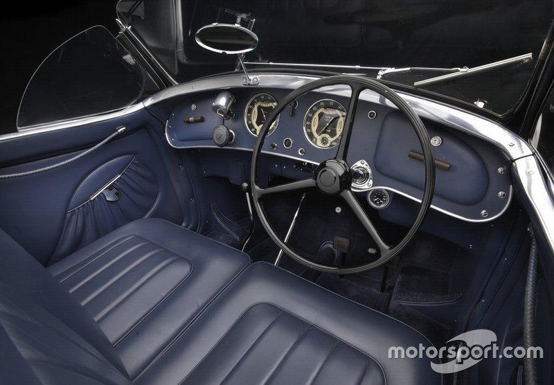 1939 Alfa Romeo 2900 8C Lungo Spider Cockpit