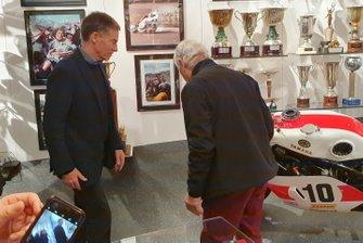 Lin Jarvis, Managing Director, Yamaha e Giacomo Agostini
