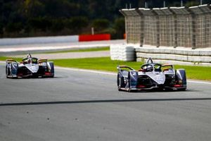 Сэм Бёрд, Envision Virgin Racing, Audi e-tron FE06 и Робин Фрейнс, Envision Virgin Racing, Audi e-tron FE06