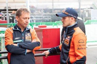 Mika Kallio, Red Bull KTM Factory Racing, mit Mike Leitner