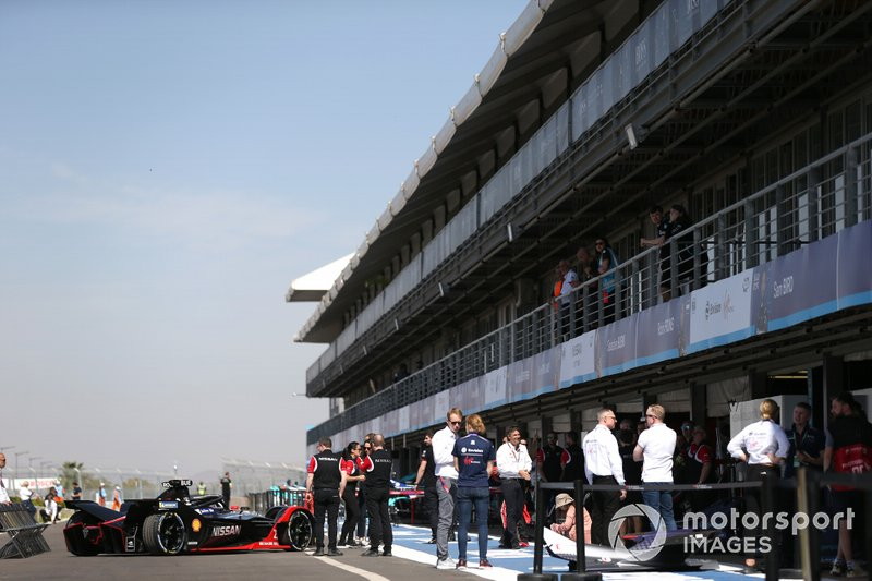 Sébastien Buemi, Nissan e.Dams, Nissan IMO2 en pit lane