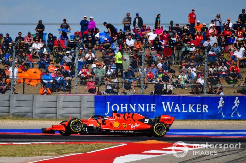 Sebastian Vettel, Ferrari SF90, con la sospensione rotta