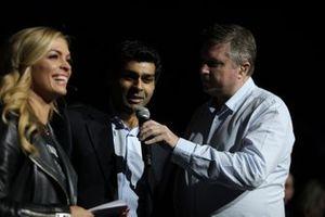 David Croft, Sky TV interviews Karun Chandhok in the Live Action Arena