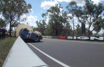 Crash: Marvin Kirchhoefer, #62 R-Motorsport Aston Martin Vantage AMR GT3 (Screenshot)