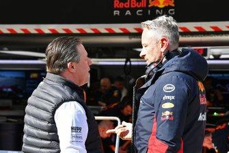 Исполнительный директор McLaren Зак Браун и менеджер Red Bull Racing Джонатан Уитли