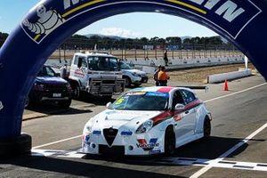 Jordan Cox, Garry Rogers Motorsport, Alfa Romeo Giulietta Veloce TCR