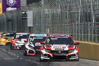 Аттила Таши, KCMG, Honda Civic Type R TCR (FK8), и Нестор Джиролами, ALL-INKL.COM Münnich Motorsport, Honda Civic Type R TCR (FK8)