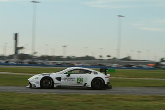 #23 Heart Of Racing Team Aston Martin Vantage GT3: Roman De Angelis, Nicki Thiim, Ian James, Alex Riberas