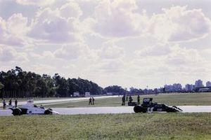 Patrick Depailler, Tyrrell 007, Carlos Pace, Brabham BT44B