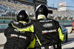 Brandon Jones, Joe Gibbs Racing, Toyota Supra Toyota, crew members
