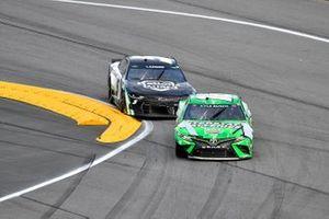 Kyle Busch, Joe Gibbs Racing, Toyota Camry Interstate Batteries and Kyle Larson, Hendrick Motorsports, Chevrolet Camaro NationsGuard