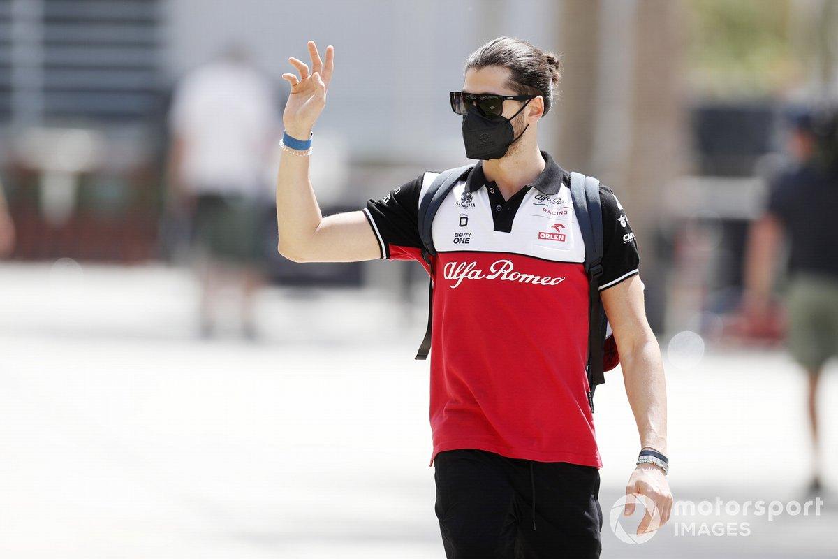 Antonio Giovinazzi, Alfa Romeo Racing: 8 puan