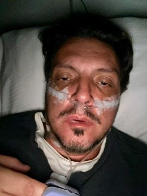 Тарсу Маркес на больничной койке