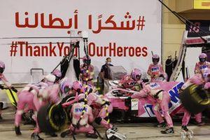 Sergio Perez, Racing Point RP20, fait un arrêt
