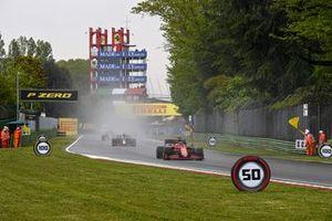 Charles Leclerc, Ferrari SF21, Sergio Perez, Red Bull Racing RB16B