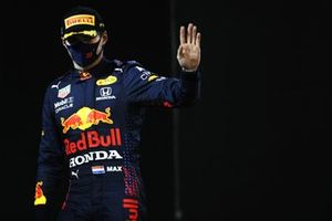 Max Verstappen, Red Bull Racing, 2nd position, in Parc Ferme